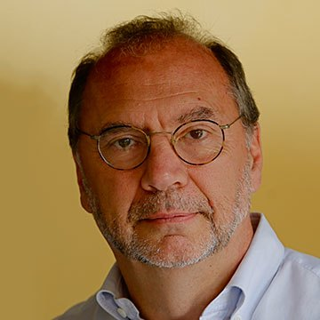 Peter Piot, MD, Ph.D. invitado Especial